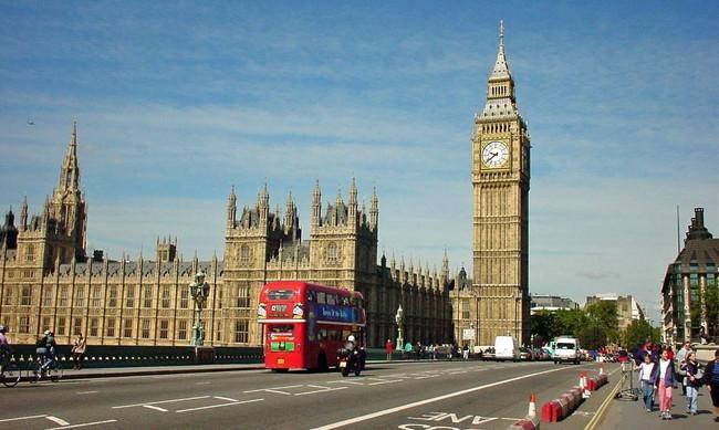 London: Giá thuê mặt bằng bán lẻ ở các vị trí đắc địa vẫn tiếp tục tăng