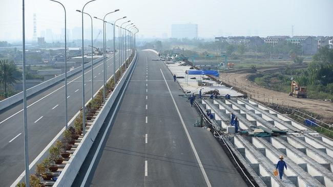 Cao tốc TP.HCM - Long Thành - Dầu Giây: Cảnh cáo nhà thầu thi công, kỷ luật 11 cá nhân