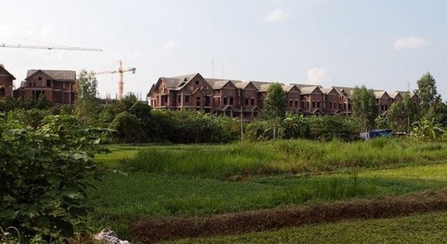 Dự án tại đô thị cấp đặc biệt không được phân lô, bán nền