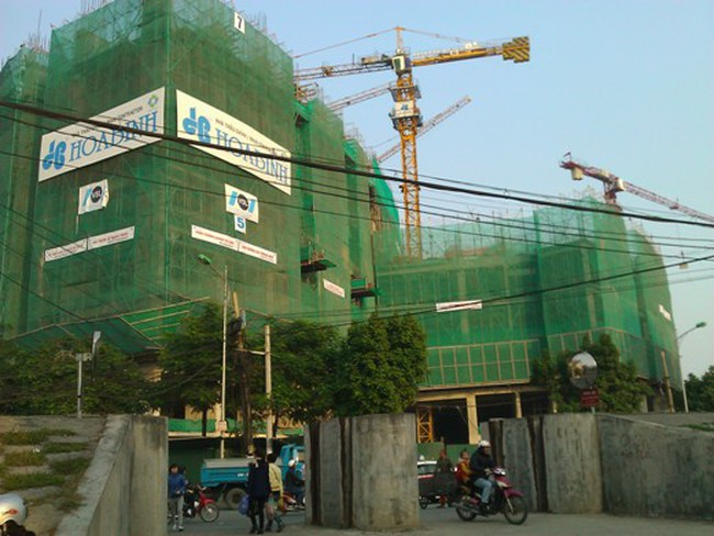 Tiến độ dự án chung cư lớn tại quận Long Biên
