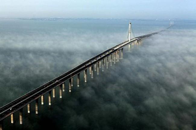 Xây dựng cầu vượt biển dài nhất Việt Nam