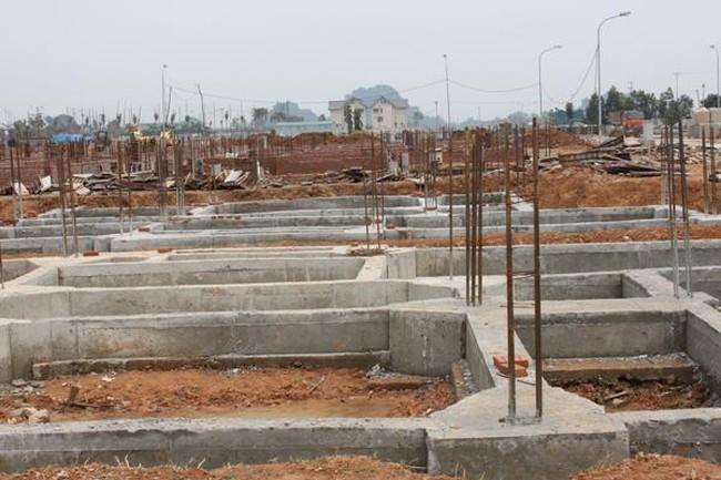 Chỉ được phép ký hợp đồng mua bán khi nhà chung cư xây xong phần móng