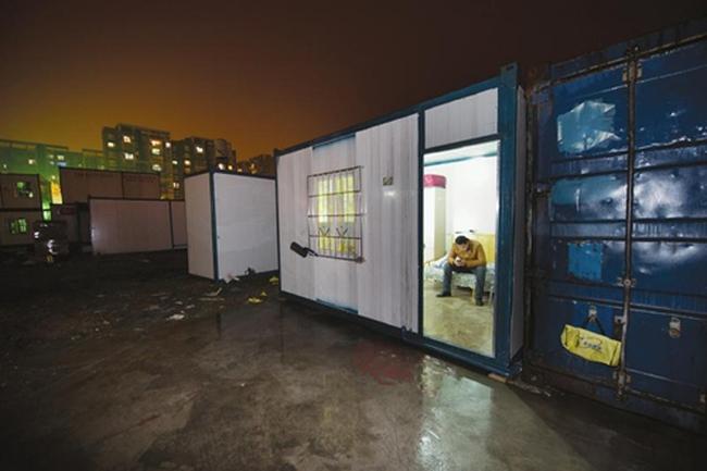 Đột nhập bên trong căn hộ container giá rẻ ở Trung Quốc