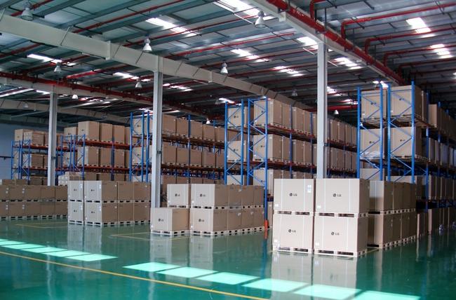 Anh: Đầu tư kho phân phối tăng kỷ lục đẩy giá BĐS tăng cao