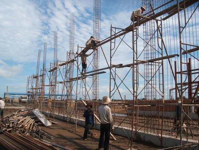 Cắt giảm các loại giấy phép xây dựng: Khả thi ?