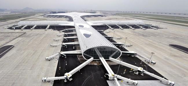 """Cận cảnh sân bay """"cá đuối"""" 1,4 tỷ USD của Trung Quốc"""
