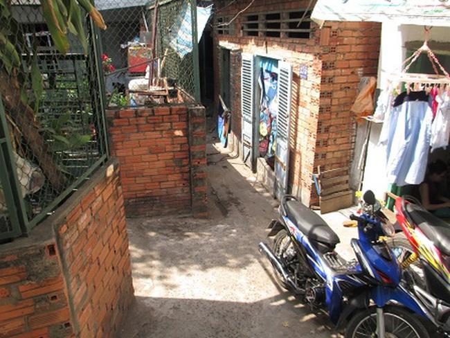 """Những căn nhà siêu nhỏ trong hẻm """"bát quái"""" giữa Sài Gòn"""