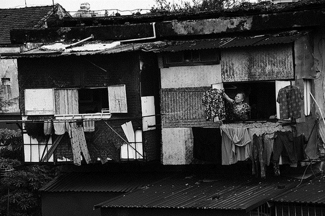 Sống trong chung cư đặc biệt 1,5 mét giữa Hà Nội