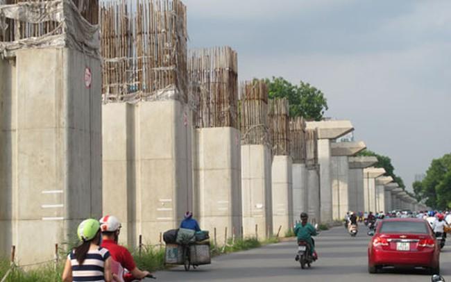 """Hình ảnh đường sắt trên cao Hà Nội bị """"lụt"""" tiến độ"""