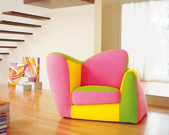 Nhà bừng sáng với nội thất rực rỡ sắc màu