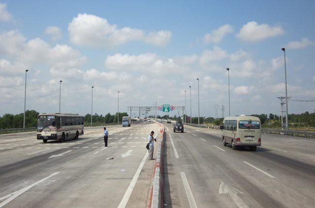 Cao tốc 6 làn đường sẽ có giá cao nhất 229 tỷ đồng