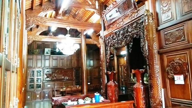 Căn nhà gỗ đinh hương nổi tiếng xứ Nghệ