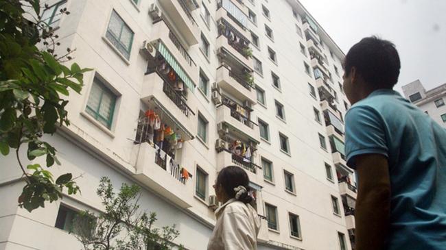 """Đề nghị """"nới"""" chính sách để người thu nhập thấp được mua nhà"""