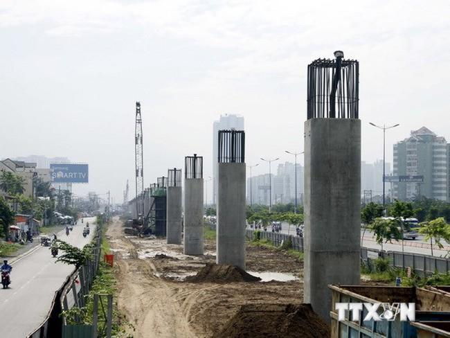 """Nhiều dự án giao thông trọng điểm ở TP. Hồ Chí Minh """"trễ hẹn"""""""