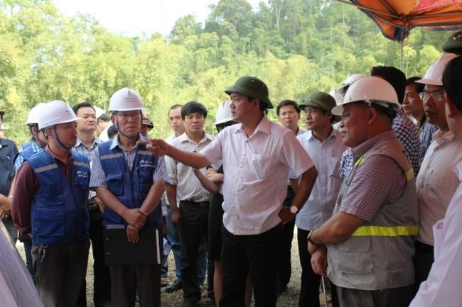 """Bộ trưởng Thăng: """"Cuối 2015 phải nâng cấp xong QL217 qua Thanh Hóa"""""""