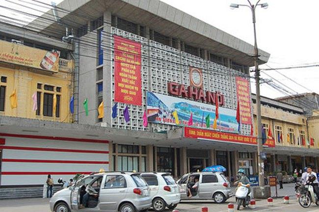 """Ngành đường sắt muốn làm """"sổ đỏ"""" cho quảng trường ga Hà Nội"""