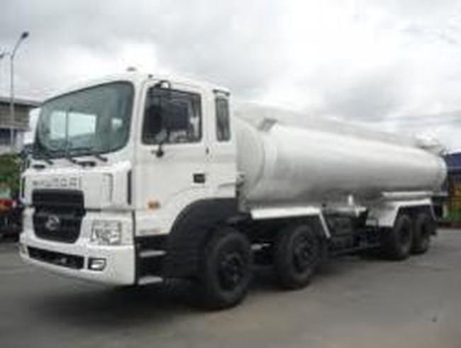 Petrolimex đuổi việc lái xe rút ruột xăng dầu