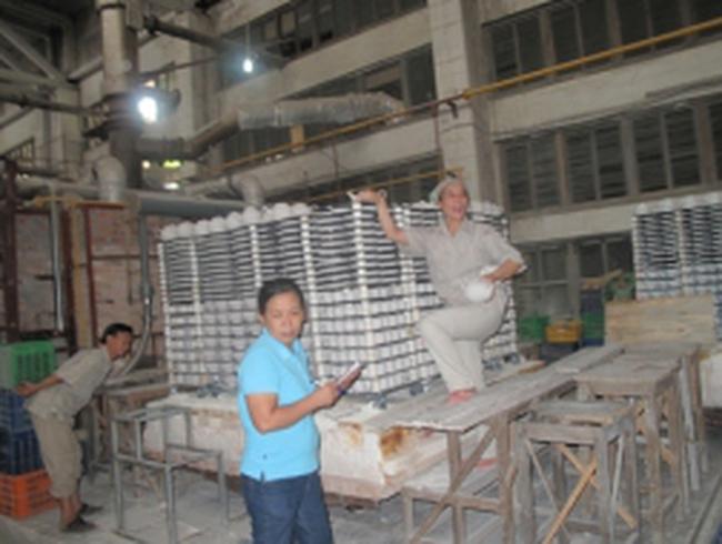 """Vụ """"Ai phá Công ty Sứ Hải Dương?"""": Các cựu công nhân lên tiếng"""