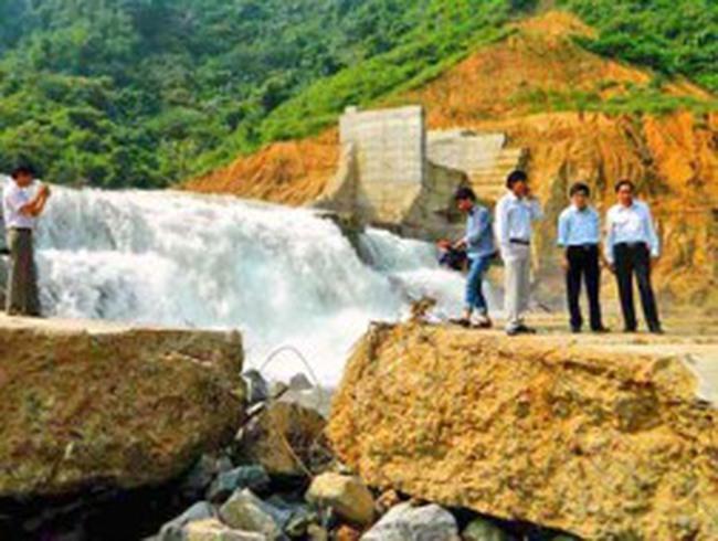 Sự cố thủy điện Đakrông 3: Không vỡ đập mà là vỡ tường chắn tạm