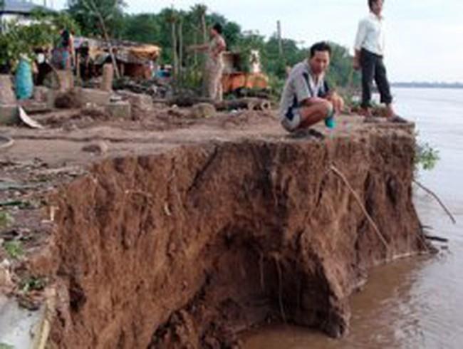 """Bí thư Huyện ủy Hồng Ngự: Tôi không """"bảo kê"""" khai thác cát trái phép"""