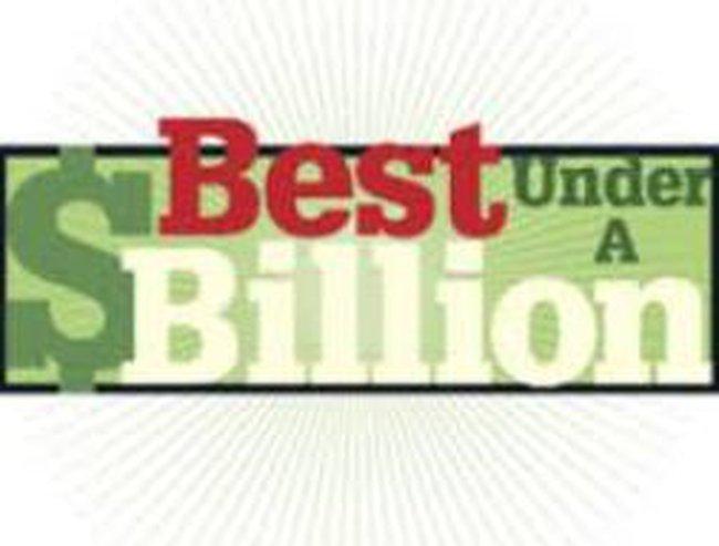 """""""Soi"""" top 10 công ty vừa, nhỏ lọt """"mắt xanh"""" của Forbes"""