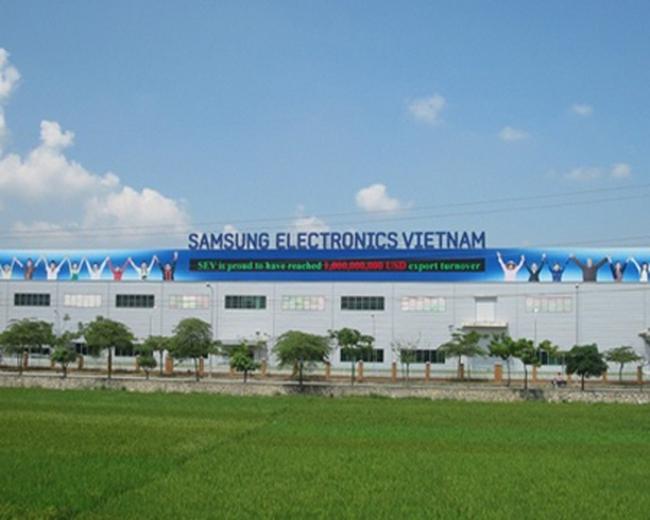 """Samsung đóng thuế """"tiền lẻ"""", muốn xây sân bay ở Việt Nam"""