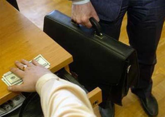 Doanh nghiệp: Nạn nhân và thủ phạm của tham nhũng