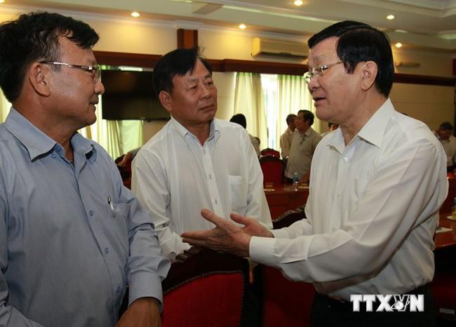Chủ tịch nước cảnh báo thời hạn tự do thương mại với Trung Quốc