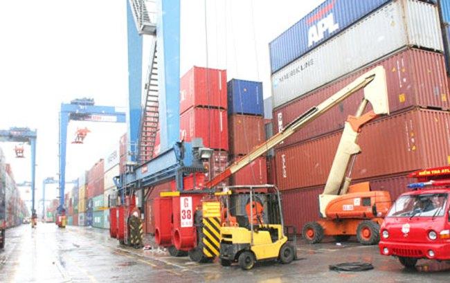 Ba giải pháp giảm tải cảng Cát Lái