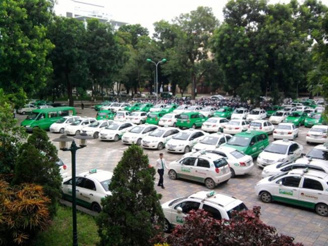 Thị trường taxi: Những ẩn số từ doanh nghiệp ngoại