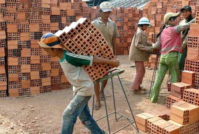 Giảm thiểu lao động trẻ em: Cần định hướng đến từng hộ gia đình