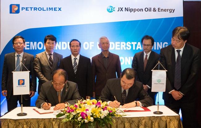 Petrolimex bắt tay với Tập đoàn Nhật Bản, dự kiến tăng vốn điều lệ vào năm 2015