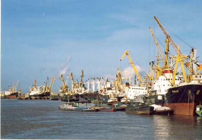 Cảng Đoạn Xá ước đạt 45 tỷ đồng LNTT năm 2014