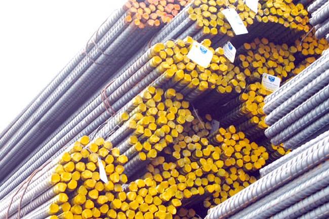 Thép Hòa Phát cán đích 1 triệu tấn, lên kế hoạch 1,2 triệu tấn năm 2015