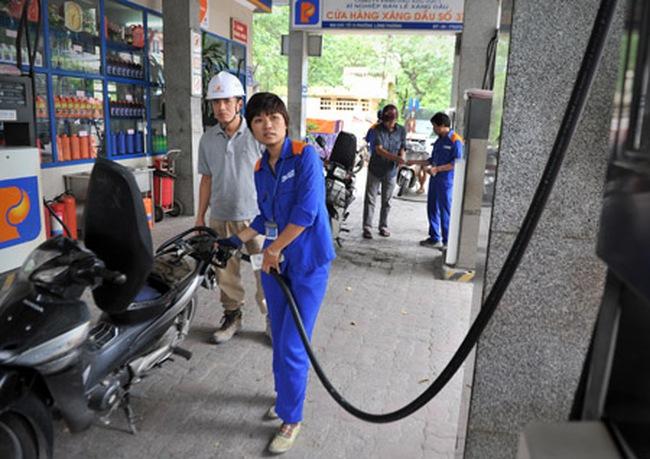 Petrolimex lý giải chuyện thu lãi của các doanh nghiệp đầu mối