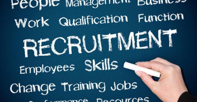 Chứng khoán APEC tuyển dụng Trưởng phòng IT và Chuyên viên HCNS