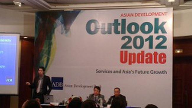 ADB hạ triển vọng tăng trưởng Việt Nam xuống 5,1%