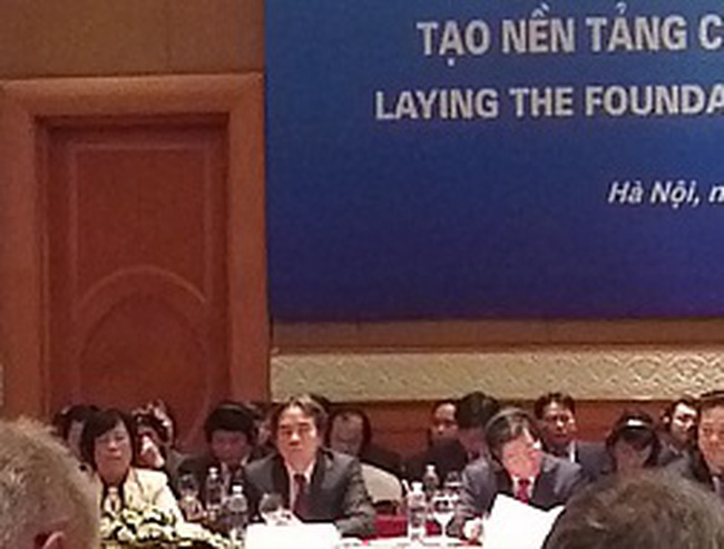 Thống đốc NHNN: Khuyến khích nhà đầu tư trong và ngoài nước tham gia vào việc tái cơ cấu các TCTD