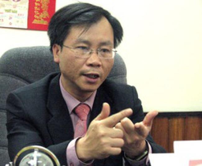 TS Vũ Đình Ánh: Xử lý nợ xấu và tái cơ cấu sẽ vẫn là trọng tâm của ngân hàng trong năm 2013