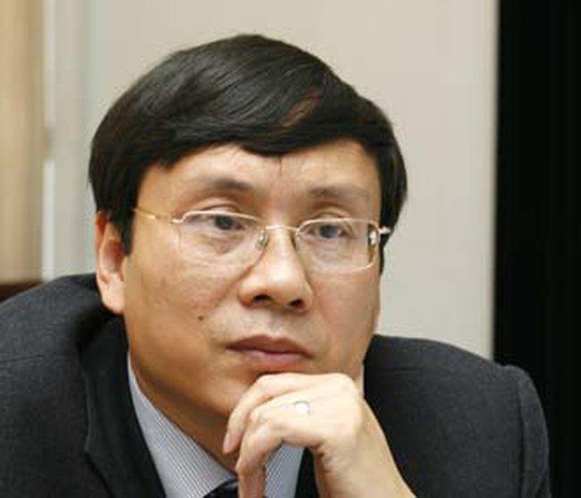 Chủ tịch UBCK: Xử lý nợ xấu ngân hàng và tồn kho BĐS không thể thiếu TTCK