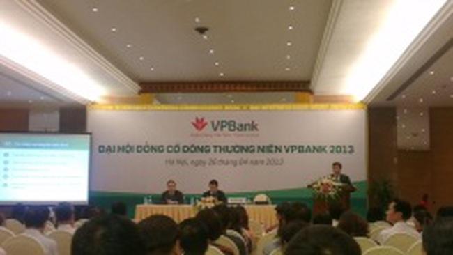 ĐHCĐ VPBank: Khó huy động tiền tăng vốn, ngân hàng trông vào cổ đông hiện hữu