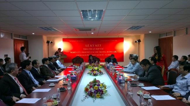 Ban Kinh tế Trung ương ký thỏa thuận hợp tác với Ủy ban Kinh tế Quốc hội