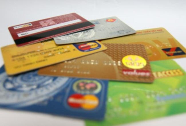 Ngân hàng đòi món nợ... 1 đồng