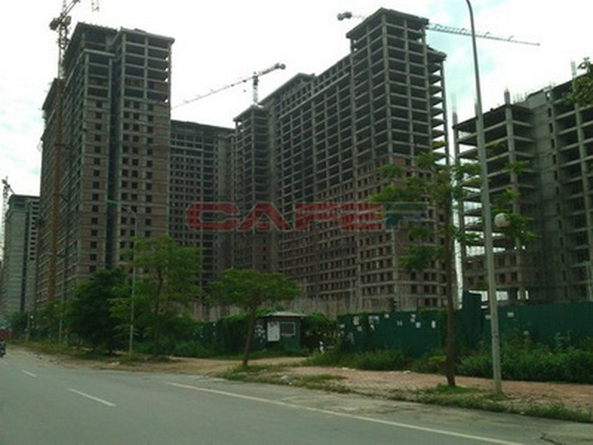 Nhà đất Hà Nội: Vòng xoáy rớt giá chưa ngừng