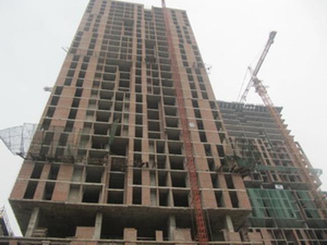 """Một năm """"sóng gió"""" với DN xây dựng, bất động sản"""