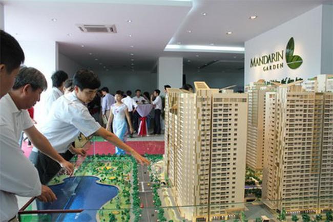 """Doanh nghiệp bất động sản """"thận trọng"""" với thị trường năm 2013"""