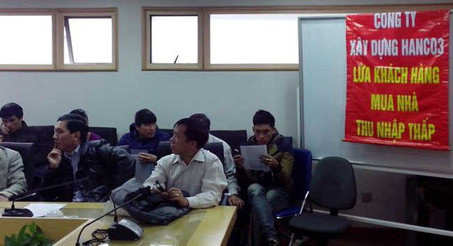 """Người mua nhà thu nhập thấp Sài Đồng """"vây"""" Hanco3 khiếu nại"""