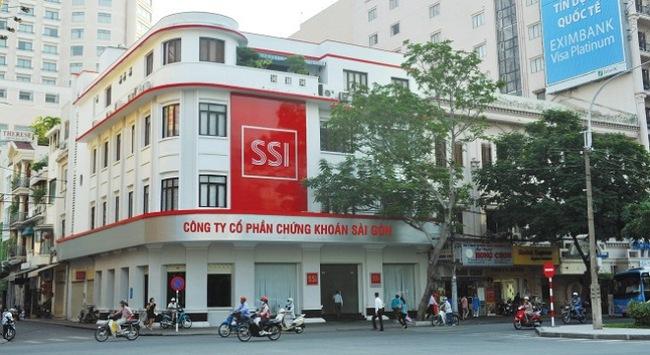 SSI: LNST hợp nhất 6 tháng đạt 456 tỷ, nắm giữ 4.800 tỷ đồng tiền mặt
