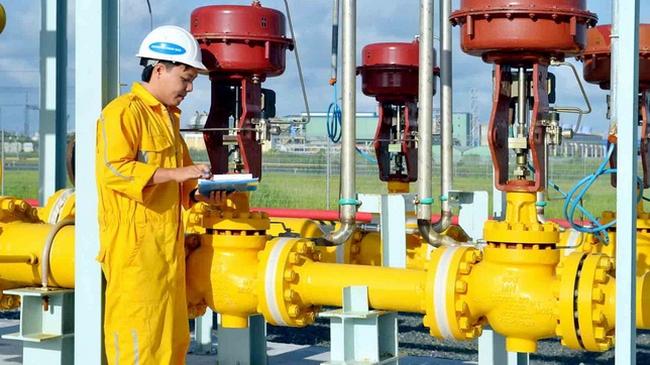 """Vốn hóa của PV GAS """"bốc hơi"""" 38.000 tỷ trong tháng 11"""