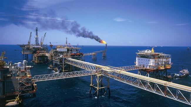 PVN hoàn thành kế hoạch khai thác dầu khí năm 2014 trước 22 ngày